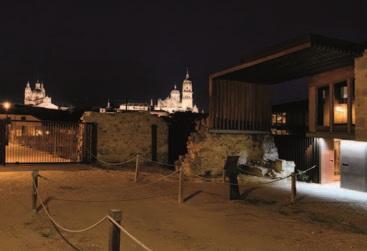 Restos arqueológicos, antiguo edificio del Convento de San Vicente y miradores